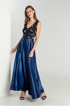 Φόρεμα με Τούλι Κέντημα