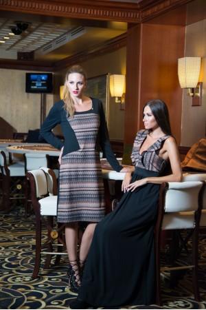 Φόρεμα Μίντι με Λούρεξ Μπροστά